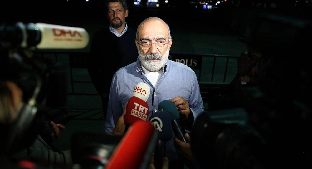 Ahmet Altan için 5 yıl 11 ay hapis cezasına onama