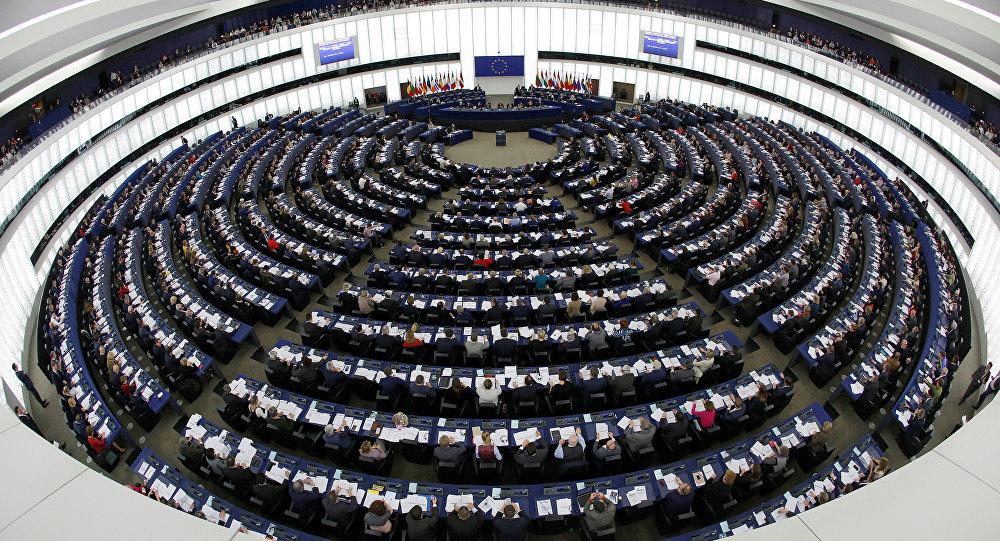 İstanbul Sözleşmesi, AP'de 91 'hayır'a karşılık 500 'evet' oyuyla onaylandı