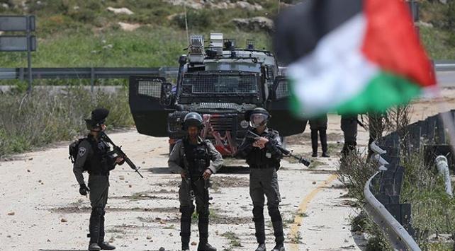 İşgal askerleri 3 Filistinliyi yaraladı