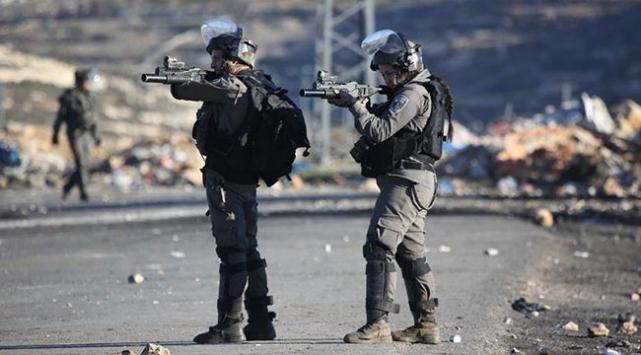 İsrail güçleri Kudüs'te iki Filistinliyi yaraladı