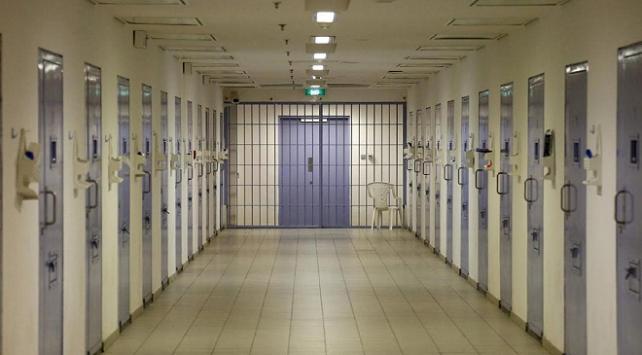 Libya ve Umman'da mahkum ve tutuklular serbest bırakıldı