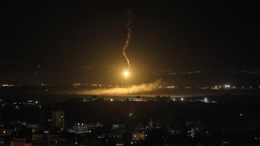 Esed rejimi: İsrail uçakları Şam'ı bombaladı