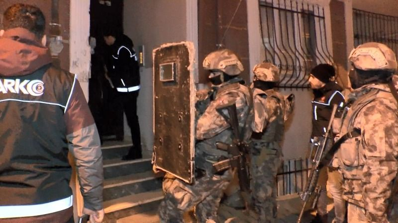 Adana merkezli 5 ilde operasyon: 22 gözaltı