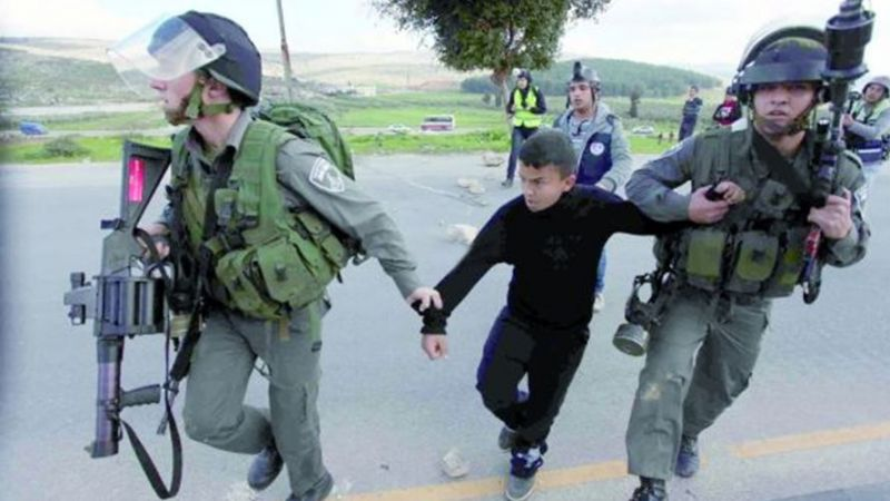İsrail 1967'den bu yana 50 bin Filistinli çocuğu gözaltına aldı
