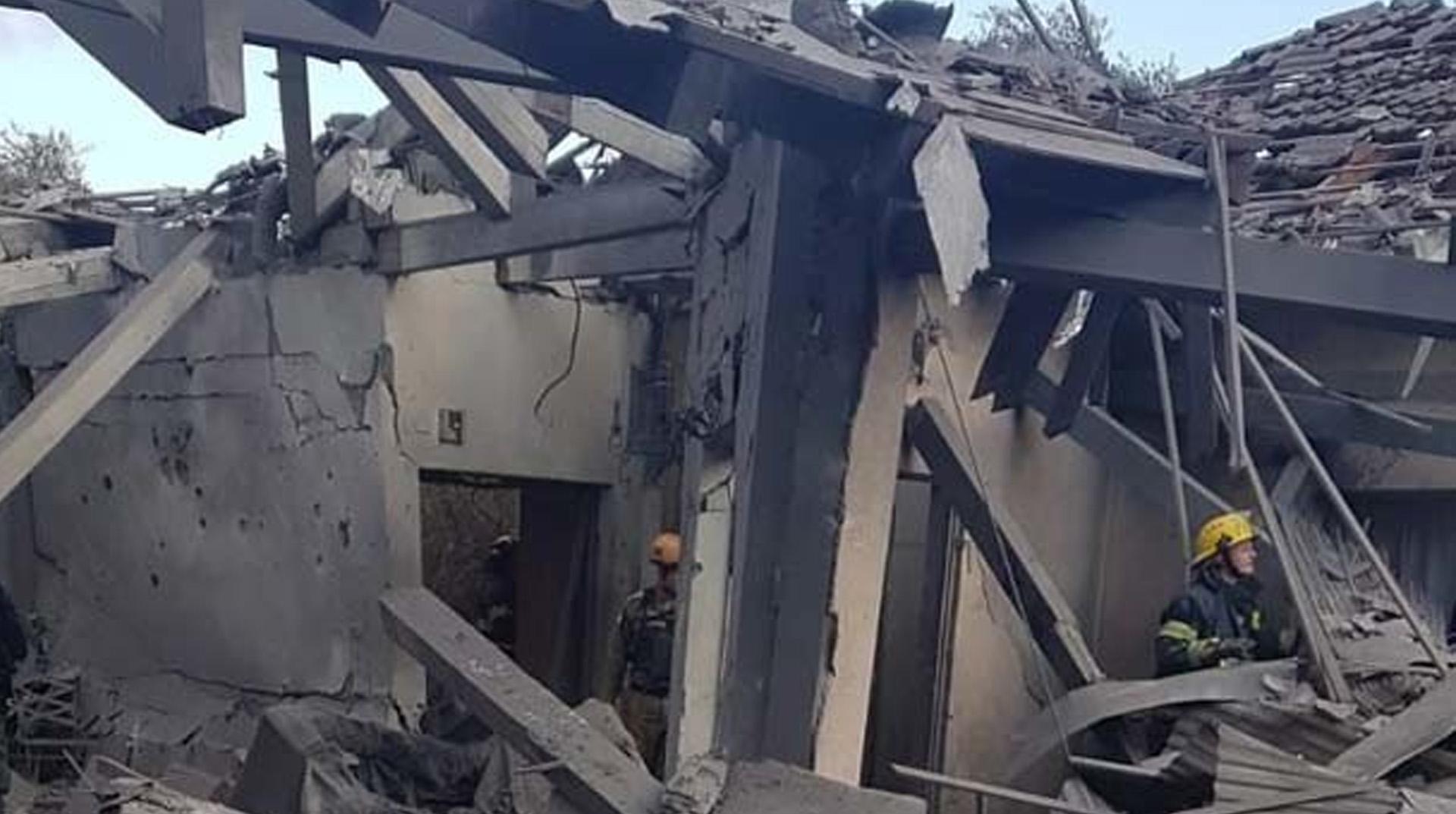 İşgalci İsrail, Batı Şeria'da Filistinlilere ait bir evi daha yıktı
