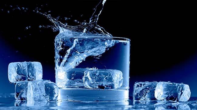 Uzmanlardan 'buz' uyarısı: Besin zehirlenmesine sebep olabilir