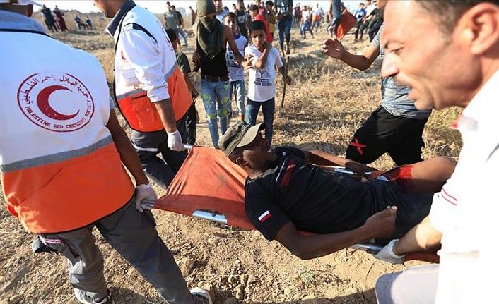 İşgal askerleri Gazze sınırında 15'i gerçek mermiyle 30 Filistinliyi yaraladı