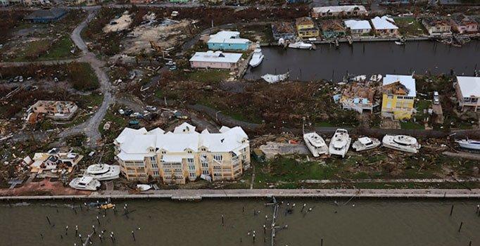Kasırganın vurduğu 2 bin 500 kişiden haber yok