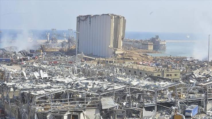 Beyrut Valisi: Zararın 10 ila 15 milyar doları aştığını tahmin ediyoruz