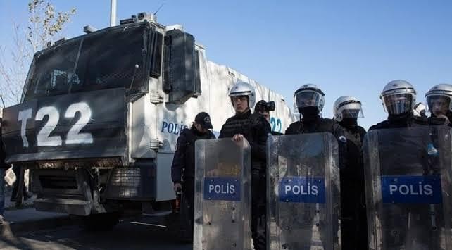 Bitlis'te toplantı ve gösteri yürüyüşleri 15 gün yasaklandı