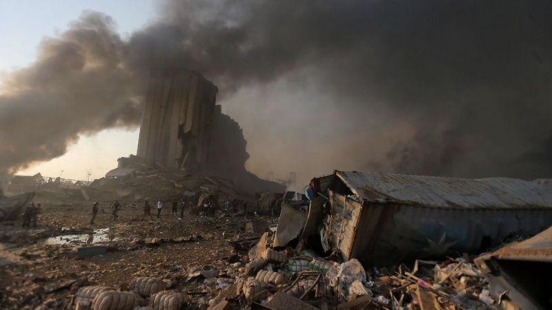 Beyrut'ta patlama sonrasında olağanüstü hal ilen edildi