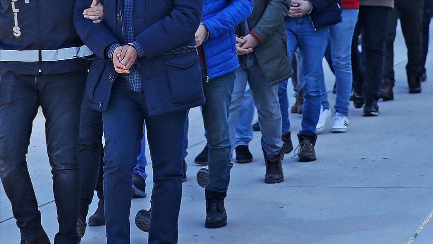 İzmir merkezli 49 ilde operasyon: 176 asker için yakalama kararı