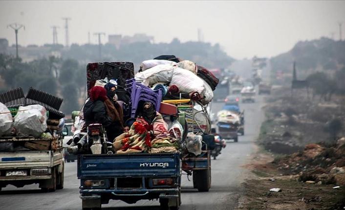 BM: Çatışmaların artmasının ardından 300 bin Suriyeli İdlib'te evlerini terk etti