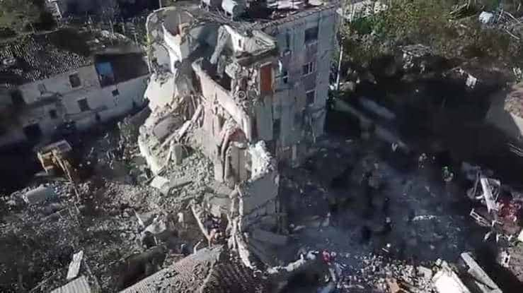 Arnavutluk'taki depremde ölü sayısı yükseliyor