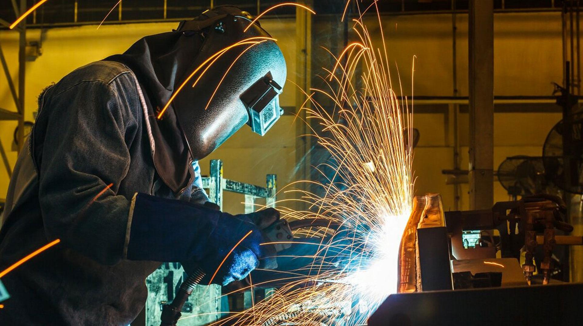 Sanayi Üretimi Şubat Ayında Yüzde 7.7 Artış Gösterdi