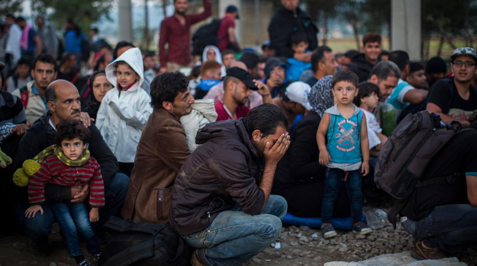 Suriyelilerin Ülkeden Çıkışları Durduruldu