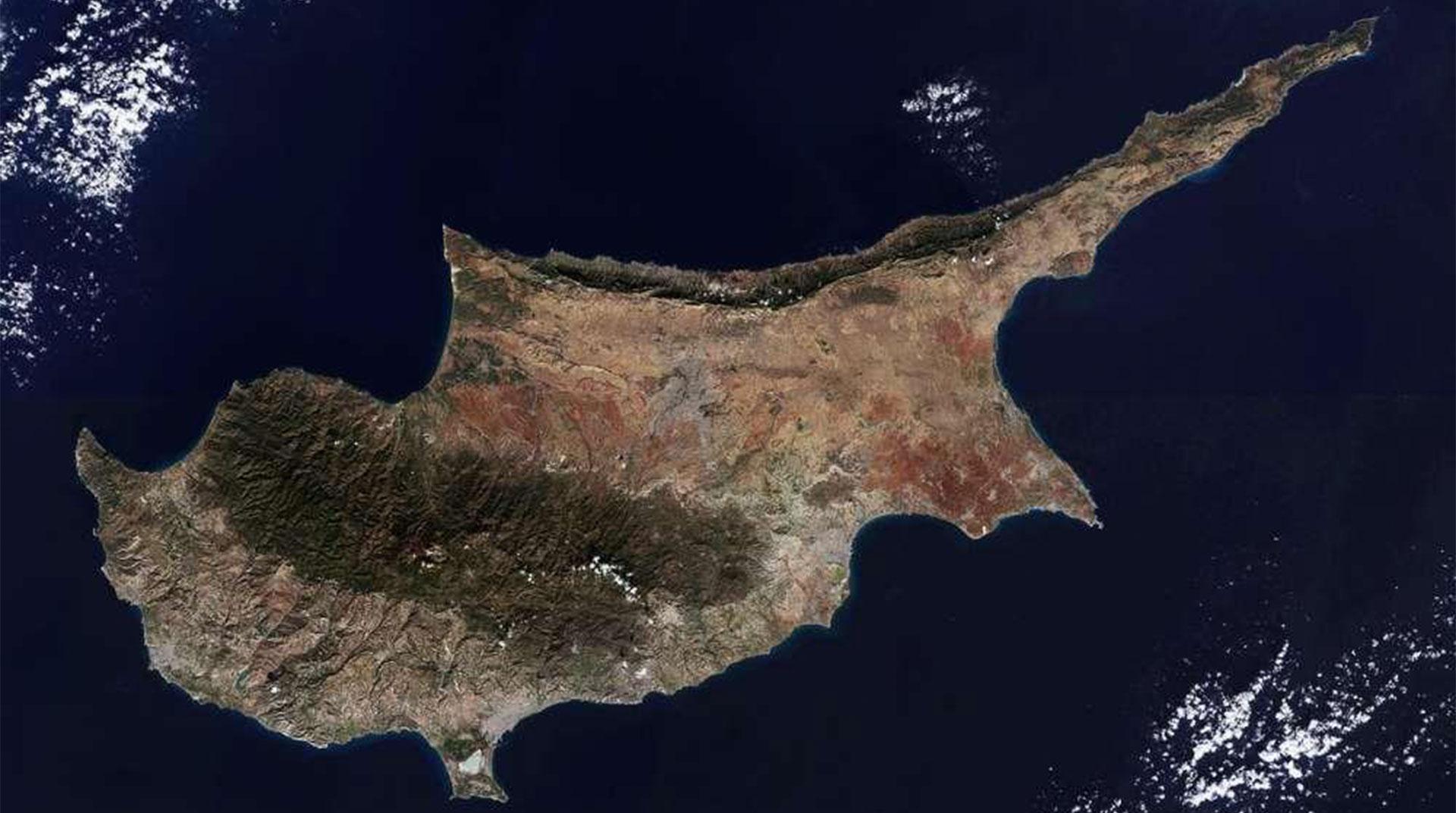 Kıbrıs'ta 2 Kişide Koronavirüs Tespit Edildi
