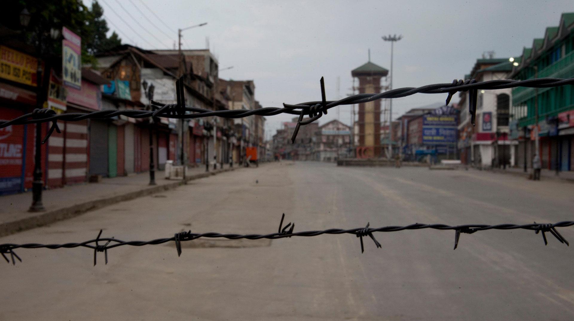 Cammu Keşmir'de Abluka 100. Güne Ulaştı