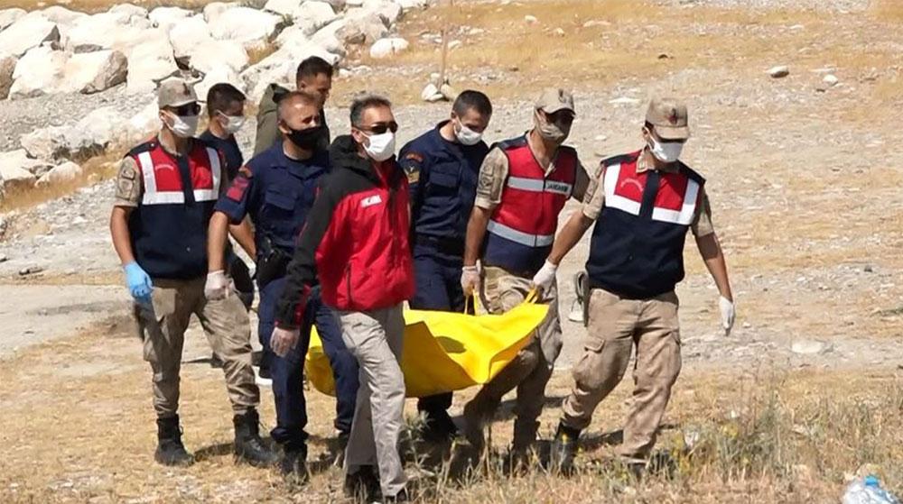 Van Gölü'nde Teknede Hayatını Kaybedenlerin Sayısı 13'e Yükseldi