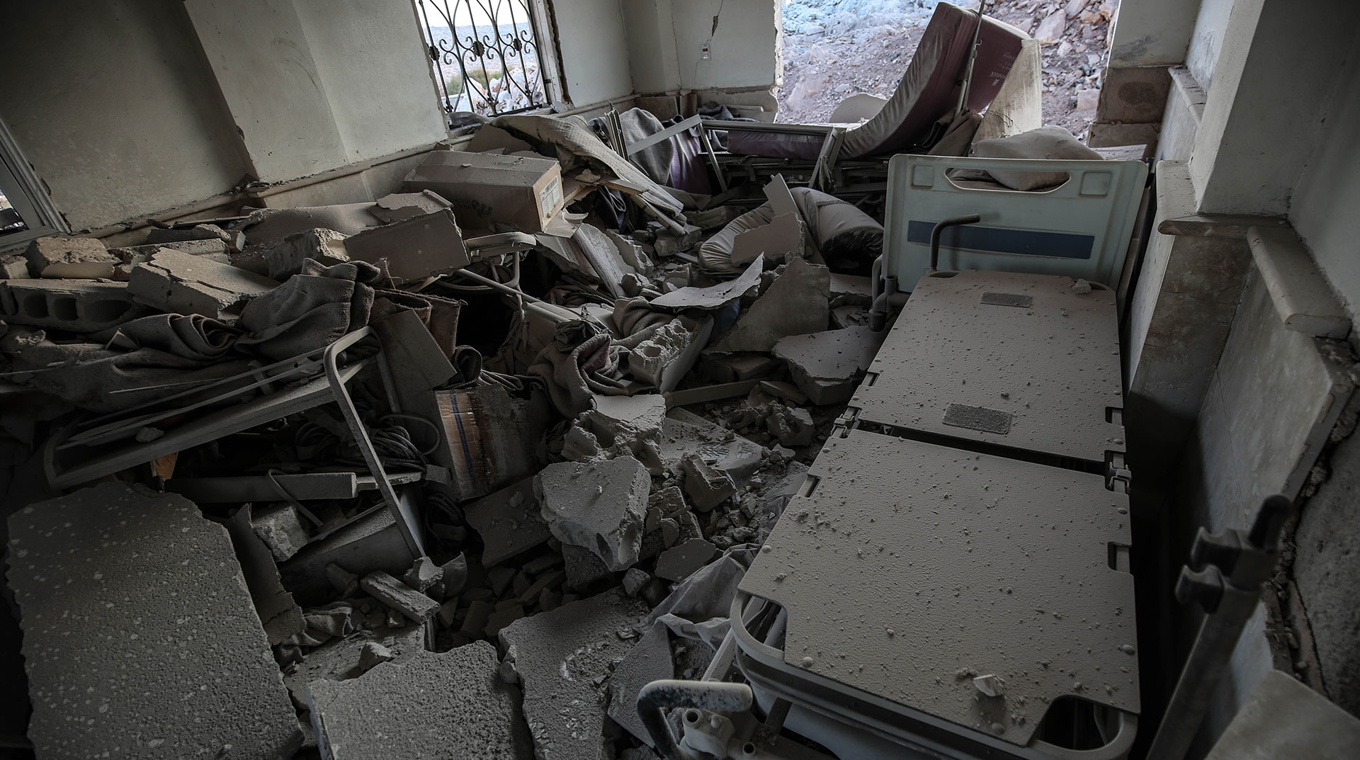 Rusya, İdlib'de Çocuk Hastanesi Vurdu