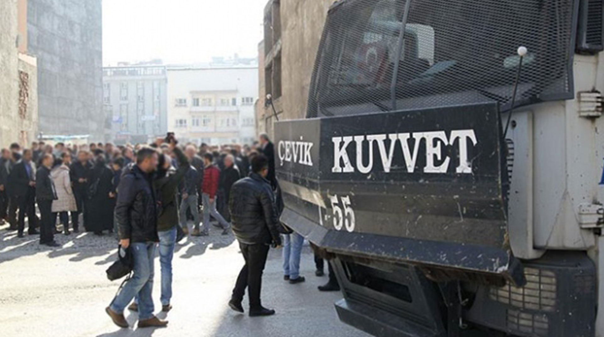Hakkari'de Gösteri ve Yürüyüşlere Yasak