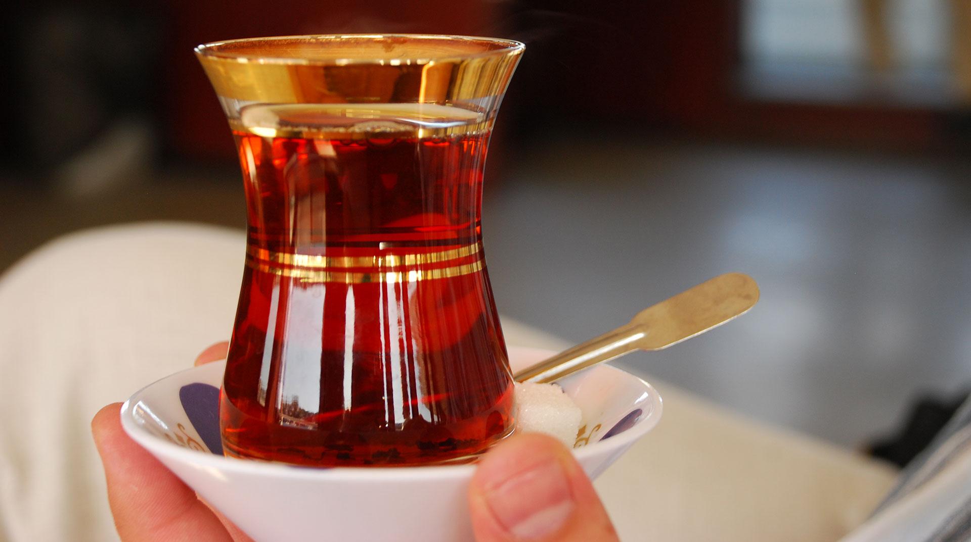 Çay İçmenin Beyin Gücüne İnanılmaz Etkileri!