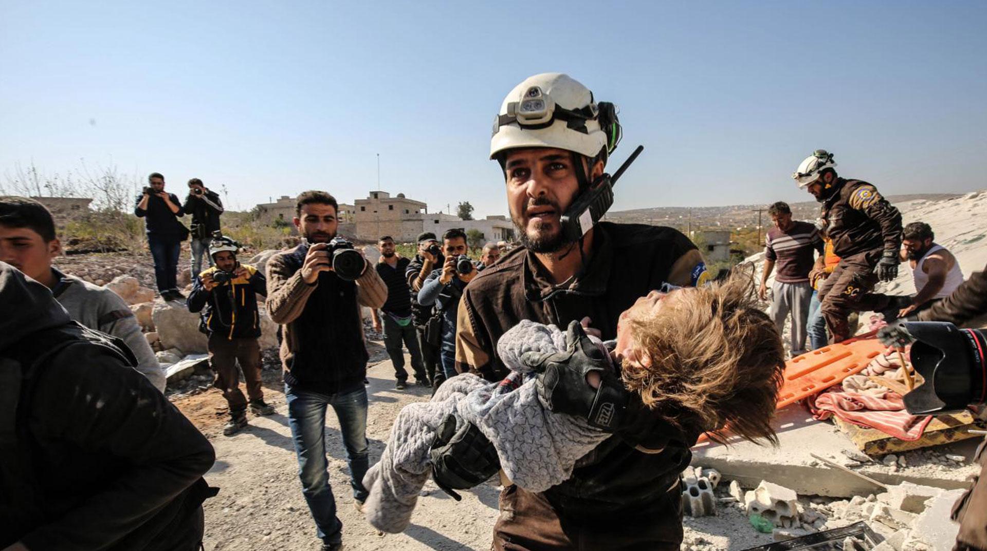 İdlib'e bombalar yağmaya devam ediyor
