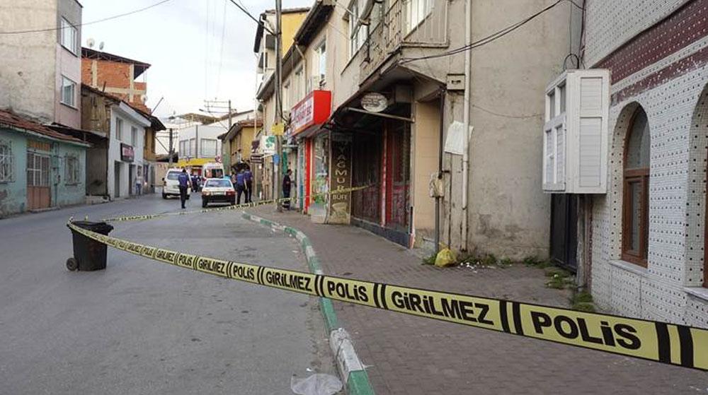 Bursa'da Silahlı Kavga! Yoldan Geçen Adam Hayatını Kaybetti