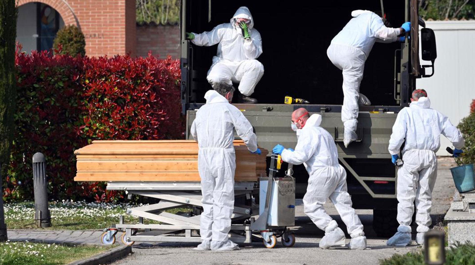 İtalya'da Sağlık Sistemi Çöktü! Koronavirüs Hastaları...