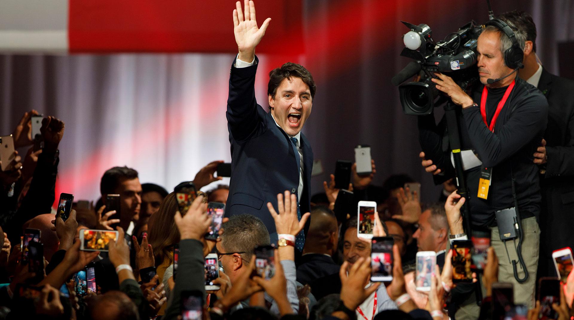 Kanada'da Yeni Hükümet Yemin Ederek Göreve Başladı
