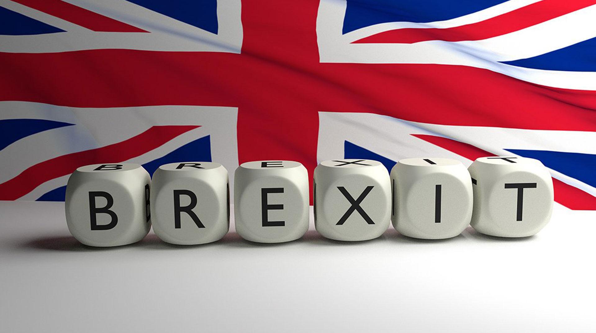 İngiltere'de Brexit Yine Ertelendi
