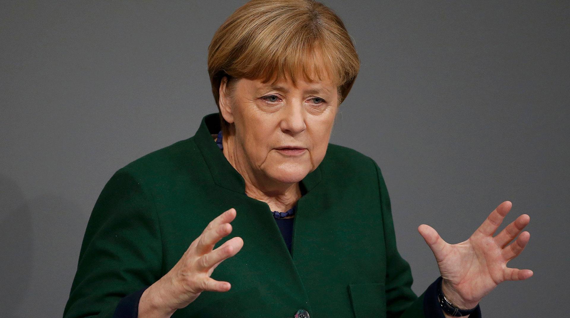 Merkel: Almanya'daki yurttaşların yüzde 60 ila 70'ine virüs bulaşacak