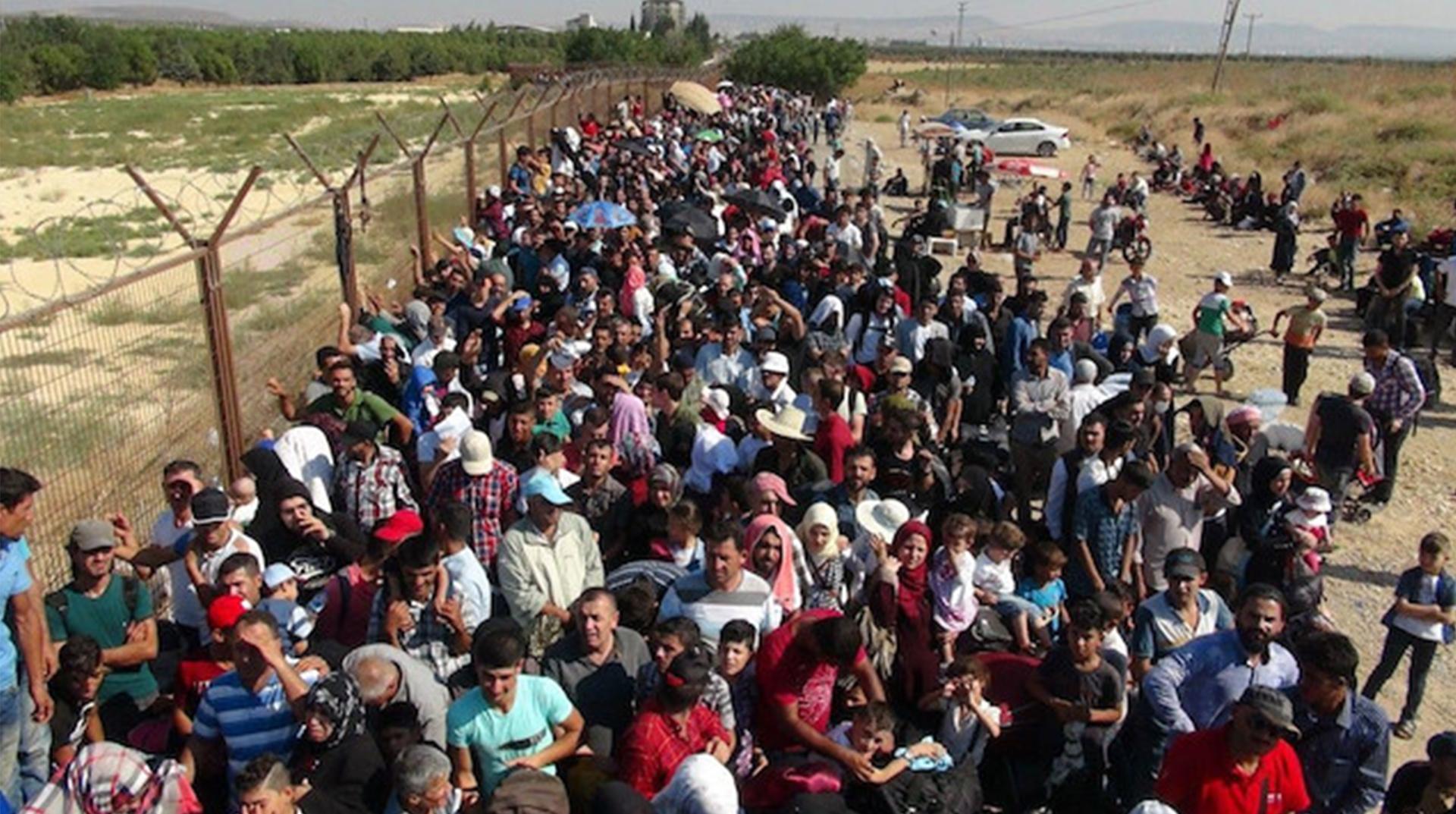 Bir Ayda 3 Bin Suriyeli Ülkesine Döndü