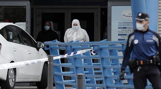 ABD'de 1 günde 1339 kişi koronavirüsten öldü