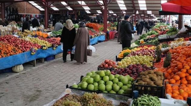 4 Kişilik Bir Ailenin Açlık Sınırı Mart'ta 2 Bin 345 Liraya Yükseldi