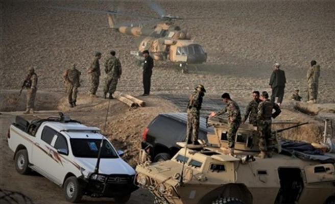 Afganistan'da Taliban saldırısı: 4 polis öldü