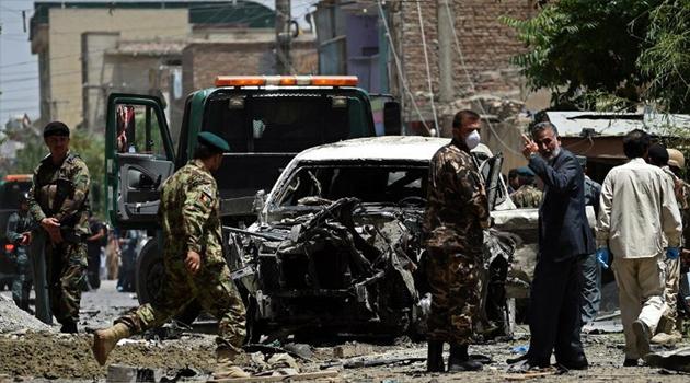 Afganistan'da bombalı saldırıda 8 sivil öldü