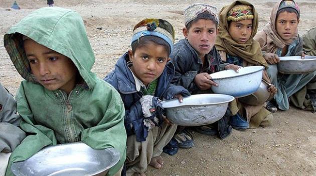 Afganistan'da 1,5 Milyon Çocuk Yaşam Mücadelesi Veriyor