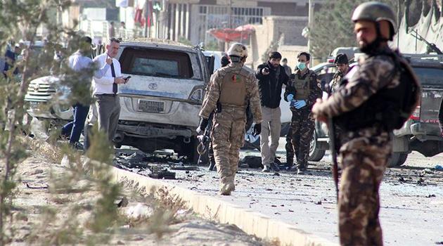 Afganistan'da ABD hava üssü yakınında bombalı saldırı