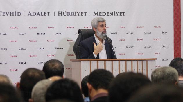 Alparslan Kuytul Hoca, Yusuf Kaplan'ın 'yeniden darbe olabilir' başlıklı makalesini değerlendirdi
