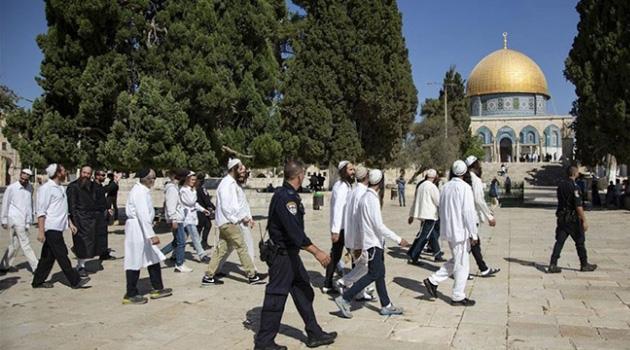 Siyonist işgalcilerin Aksa baskınları devam ediyor