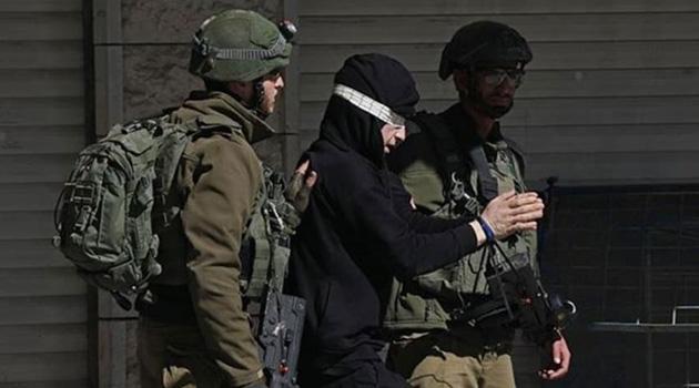 İşgalci İsrail'in gözaltına aldığı 14 yaşındaki Filistinli çocuk: Ellerim bağlandı, darp edildim