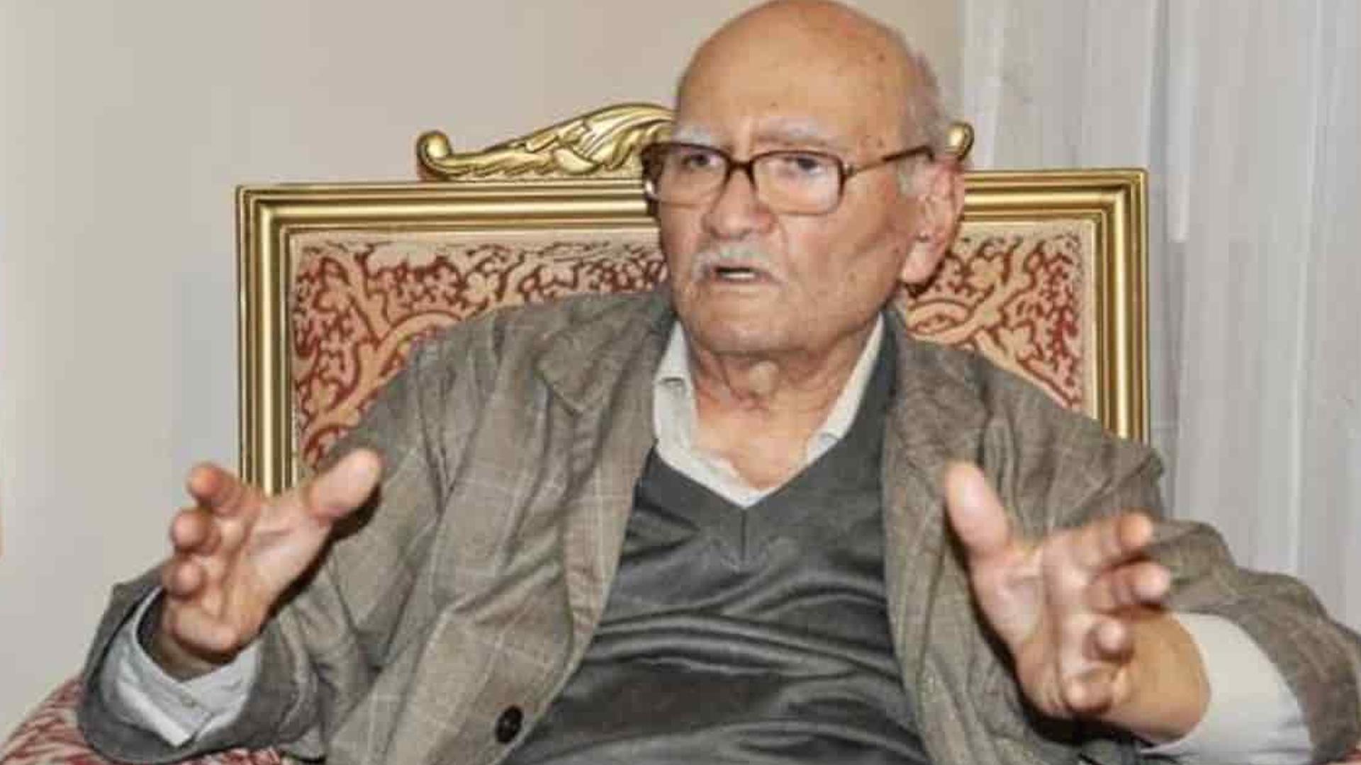 Milli Görüş camiasının acı günü... Süleyman Arif Emre hayatını kaybetti