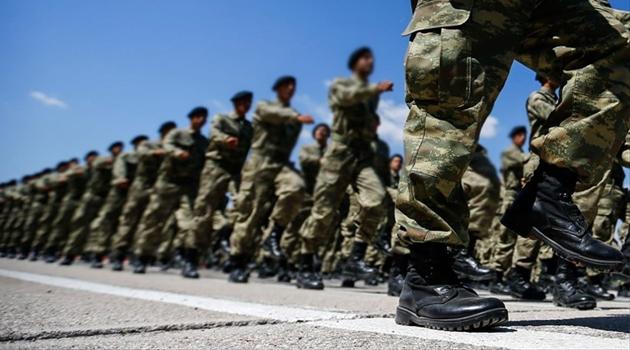 O düzenlemeyle binlerce kişi asker kaçağı oldu