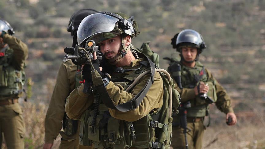İşgalci İsrail sınır hattını geçti diye bir genci gözaltına aldı
