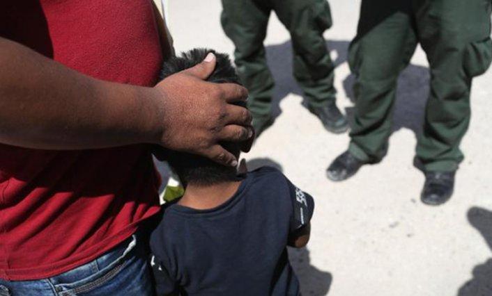 Almanya, Yunanistan'daki reşit olmayan göçmenleri alacağını açıkladı
