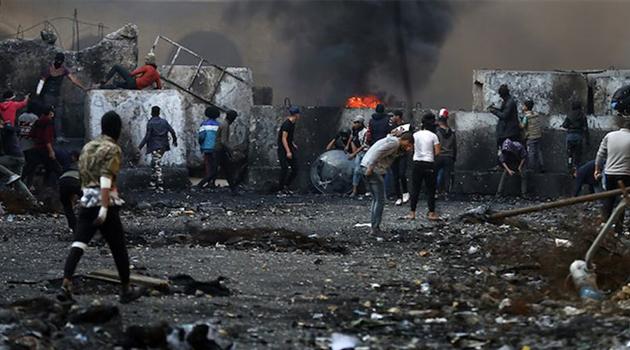 Bağdat'ta Göstericilere Saldırı: 16 Ölü