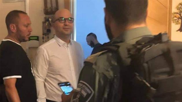 İşgal rejiminden Filistinli bakanın evine baskın!