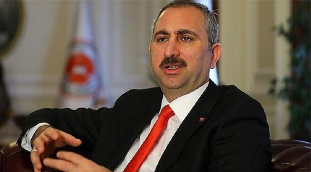 Bakan Gül: 'Kadına şiddete karşı fayda sağlayacaksa Anayasa'yı bile değiştirmeye hazırız'