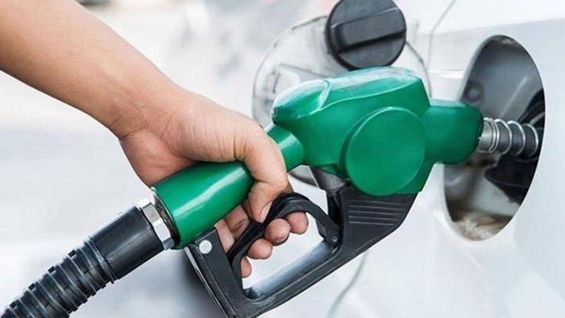 Benzine 6, motorine 17 kuruş zam